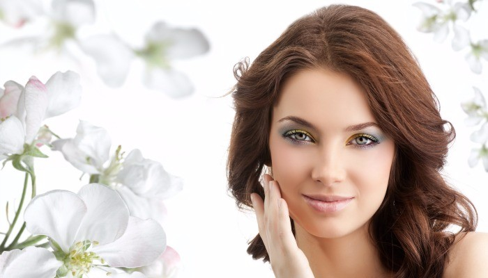 How to Get Glowing Skin With Home Remedies